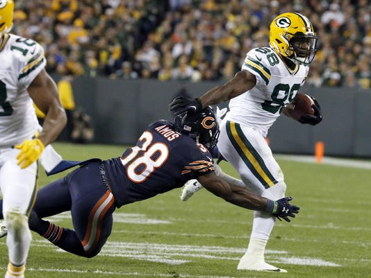 AP_Bears_Packers_Football