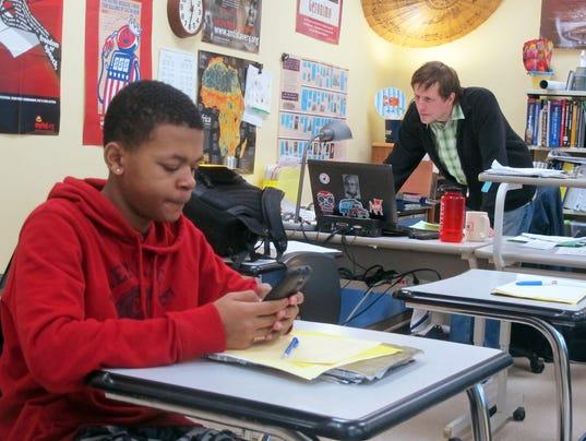 AP_Tweeting_Teachers