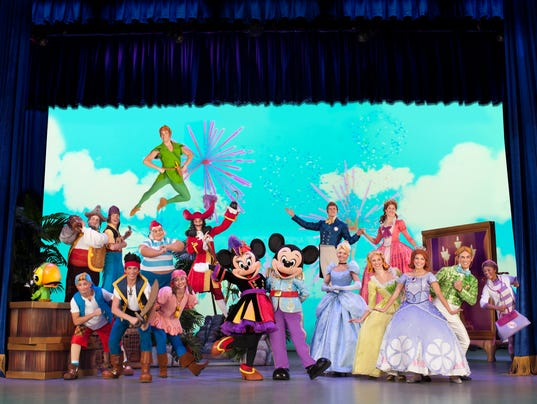 COVER%3A% Disney Junior Live 1