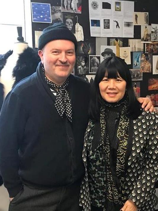aki and anna sui