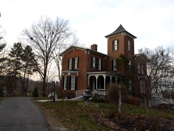 Eagle Hill Manor Bed Breakfast