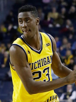 Michigan S Caris Levert Signs With Jay Z S Roc Nation Agency