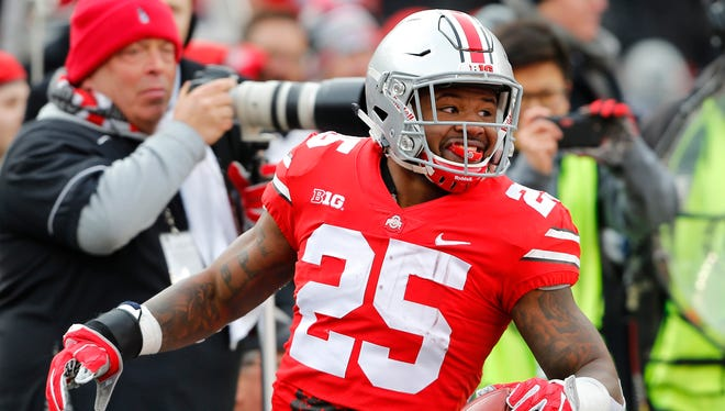 Tailback Mike Weber was a big part of Ohio State's ground assault in the 48-3 romp past Michigan State.