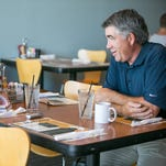 Profile: Coyotes coach Dave Tippett