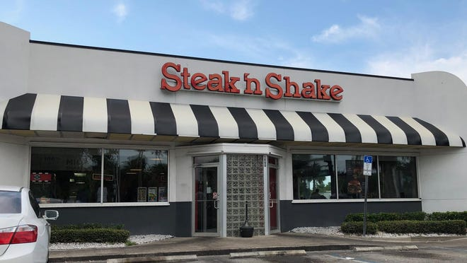 This Steak 'n Shake is in Daytona Beach, Florida.