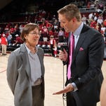 Stanford women's basketball coach Tara VanDerveer, one of six coaches in the sport with 900 wins, is bring the Cardinal to the Gulf Coast Showcase Friday at Germain Arena.