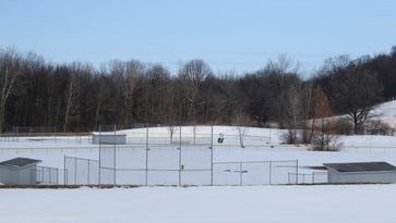 Fairport Little League fields close; Perinton dissatisfied with High Acres Landfill efforts