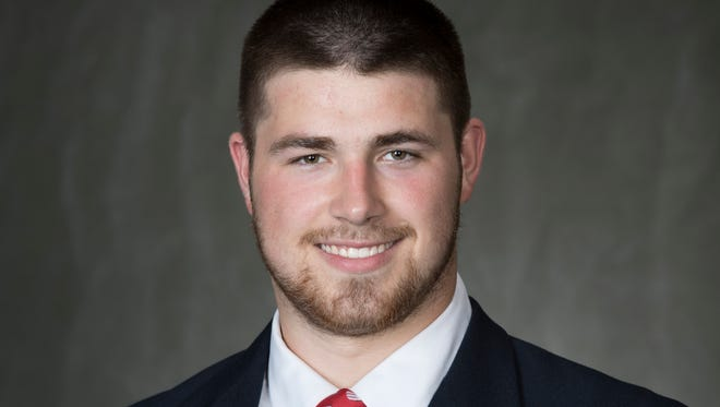 Badgers tight end Zander Neuville
