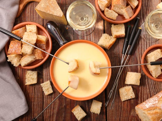Fondue (Switzerland): Is there anything more glorious
