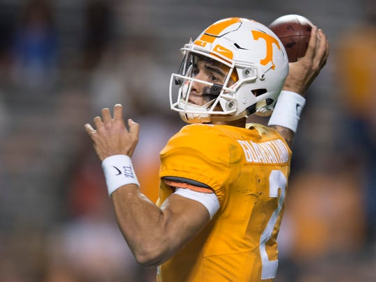 Tennessee quarterback Jarrett Guarantano (2) throws a pass during a game between Tennessee and Vanderbilt at Neyland Stadium in Knoxville, Tenn., on Saturday Nov. 25, 2017.