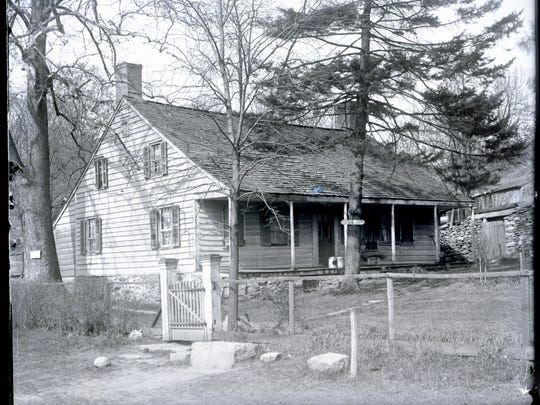 Elijah Miller House in North White Plains from May 6, 1911.