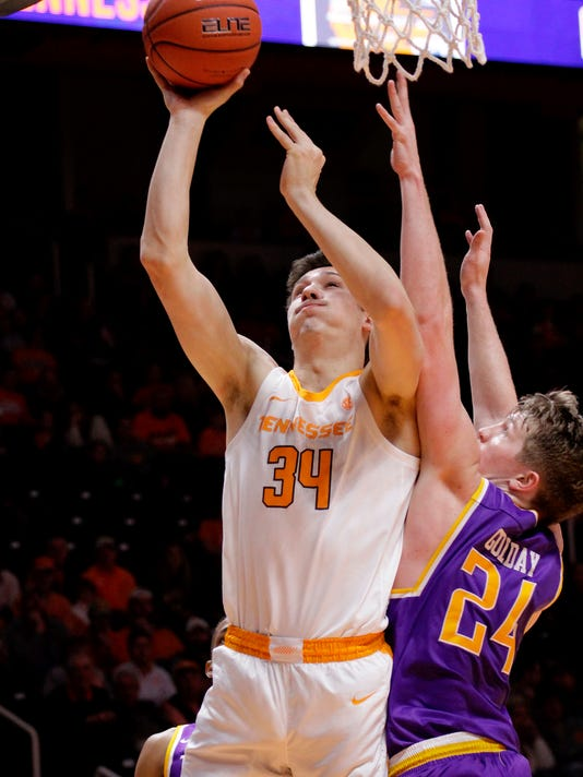 Tennessee_Tech_Tennessee_Basketball_45052.jpg