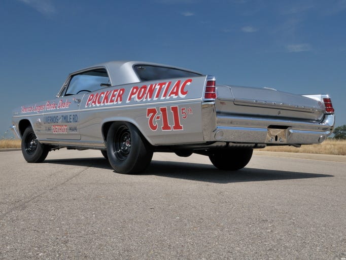 This 1963 Pontiac Catalina still looks poised for action