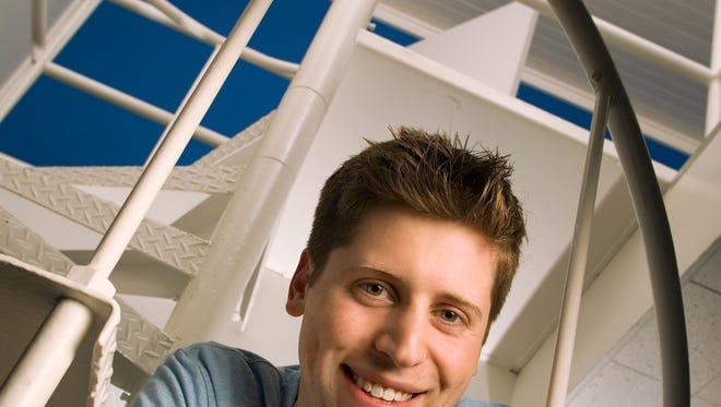 Sam Altman, president of Y Combinator, is leading an effort to recruit more black entrepreneurs.