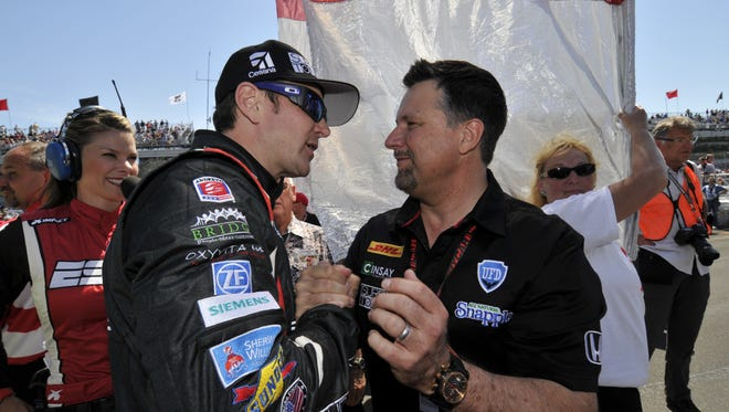 Kurt Busch (left) finished sixth as an Indianapolis 500 rookie last year for Michael Andretti's IndyCar Series team.