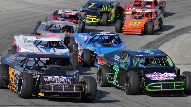 Racing will return to Spitzer Motor Speedway in Mansfield starting in May.