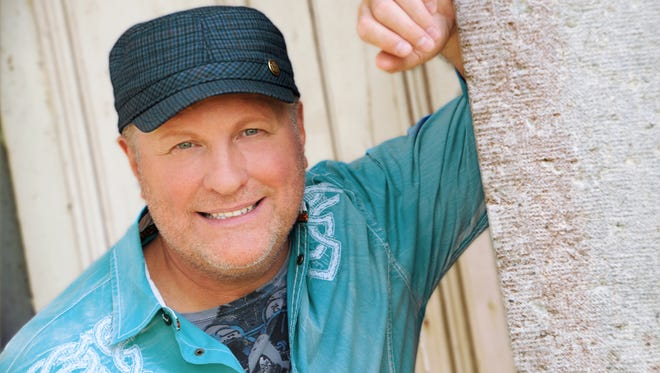 Collin Raye will perform in Artesia on January 8 at the Ocotillo Performing Arts Center.