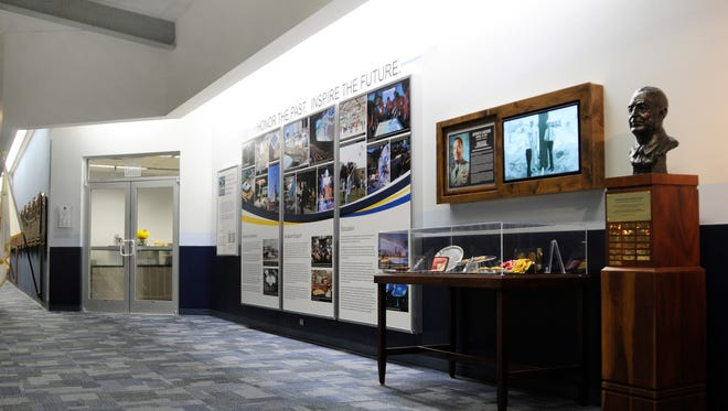Before and after of the Hall of Recognition.