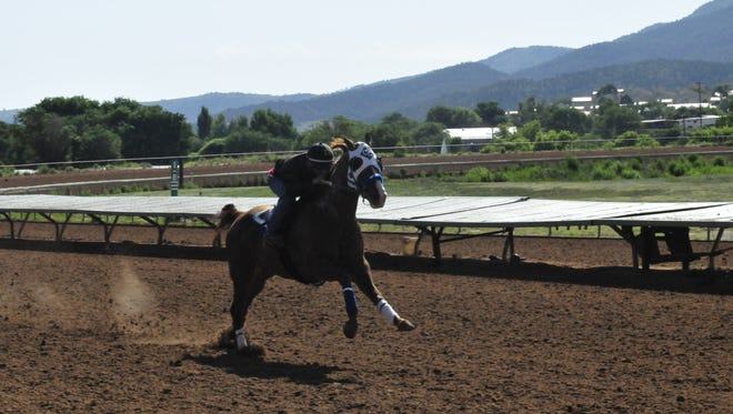 Jess Good Candy working with Ivan Carnero.
