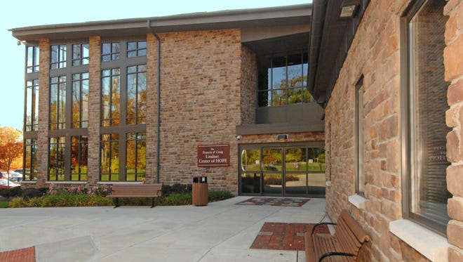 The physicians' practice at the Lindner Center for HOPE is joining a trend in medicine: adding a service fee.