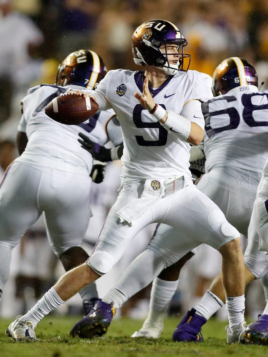 Mississippi_St_LSU_Football_60190.jpg