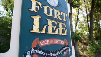 Fort Lee welcome sign