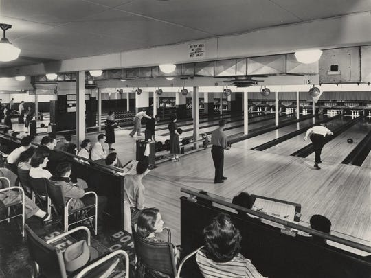 Bowling at the IBM Country Club in Endwell, about 1945.