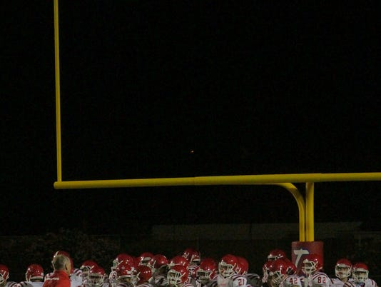 636372033068892897-highschool-goalposts.jpg
