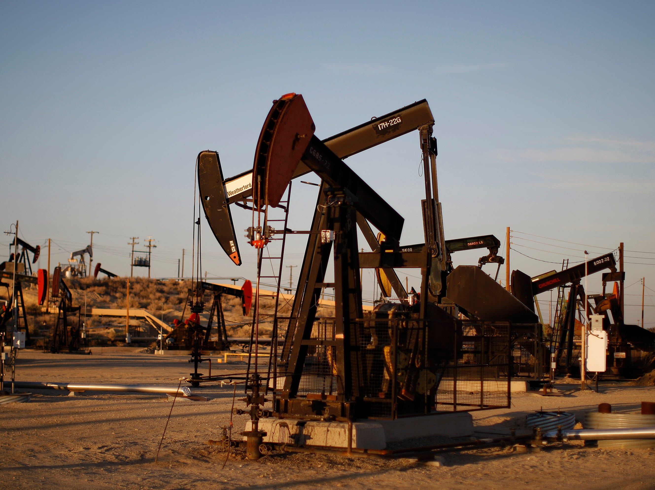 u s  to resume oil drilling leases in california