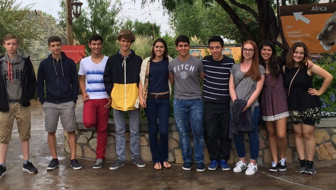 Current Academic Year in America international students studying in El Paso during a trip to the El Paso Zoo.