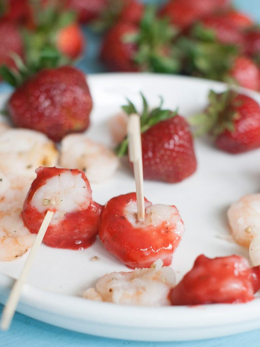 Food Strawberry Shrim_Atzl.jpg