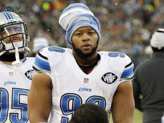 Detroit Lions defensive tackle Ndamukong Suh during