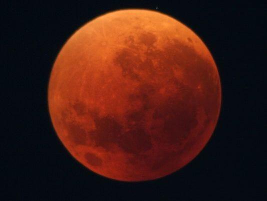 635635394054780247-Eclipse