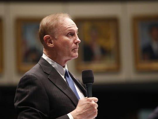 Senator David Simmons on the Senate floor.