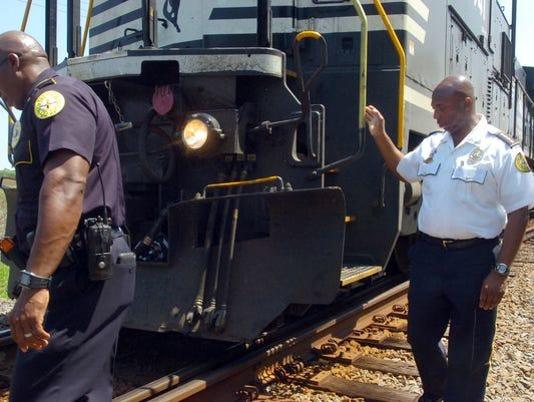 635661708903297668-train-crash