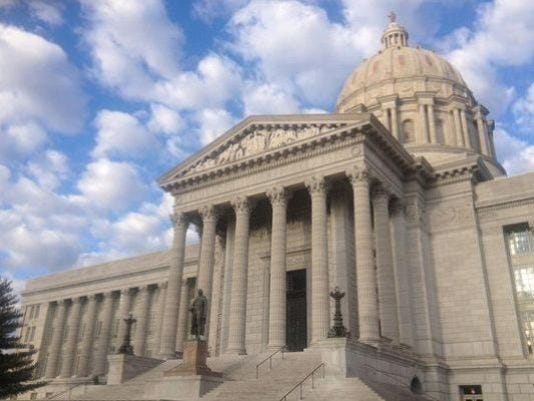 635672039296815741-635658258789760209-635623737592061312-mo.state.capitol
