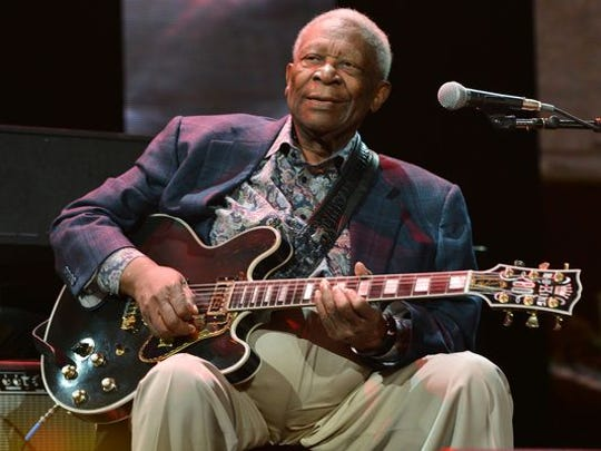 B.B. King performs on stage during the 2013 Crossroads