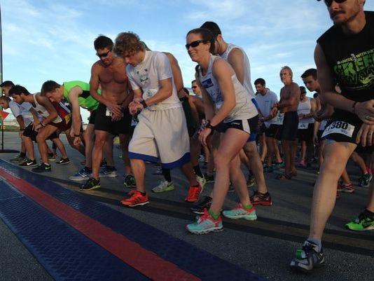 635678314155628478-runners
