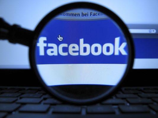 635685078542197055-facebook