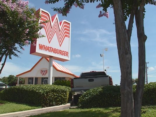 635723748444144513-635687834659863620-whataburger
