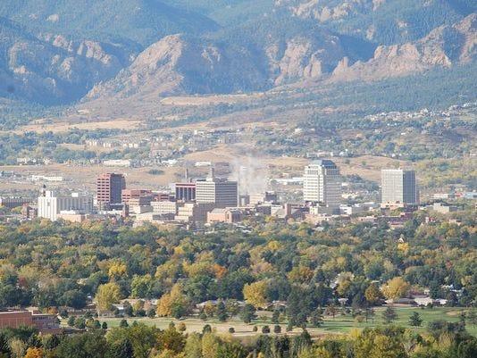 635741931506031316-635725489734642324-Colorado-Springs-skyline