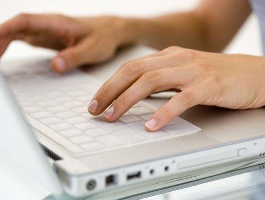 635755305981514995-Online-classes