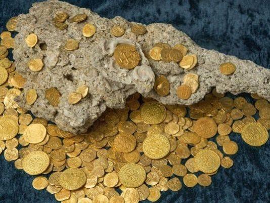635755866395075507-coins