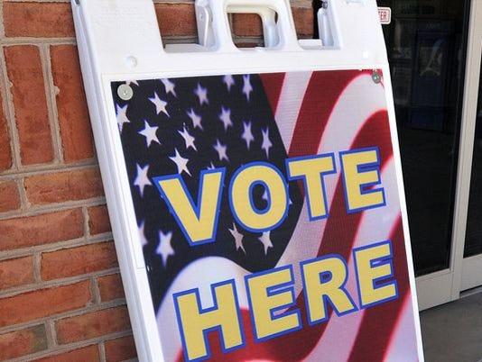635762266815017301-vote-here