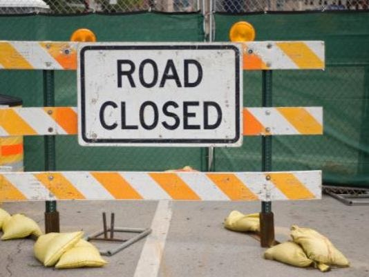 635766313222680682-road-closed