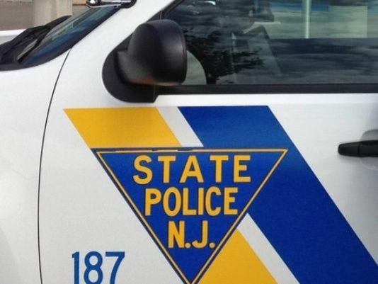635779188107913844-635765520334346848-State-Police-car