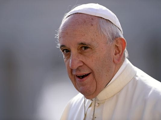 635785380311510208-pope