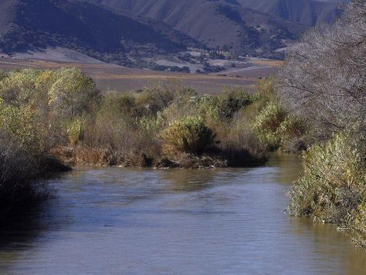 635791345285956103-Salinas-River