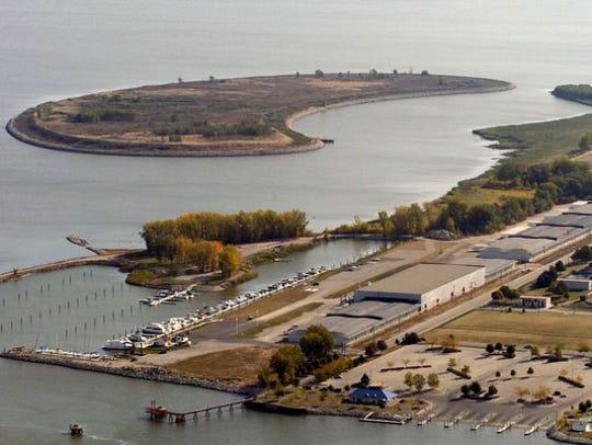 An aerial view of Renard Isle.