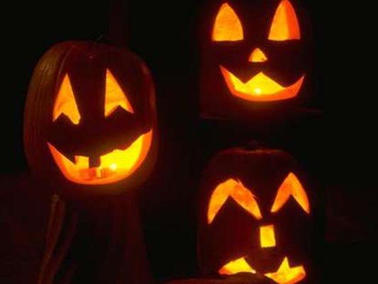 635799062883659541-pumpkins